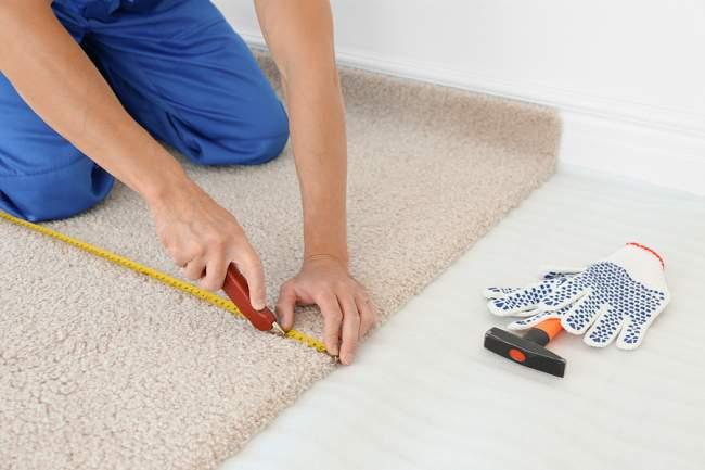 stretch carpet correctly